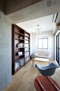本棚、読書、モルタル、壁塗装、SHUKEN、秀建