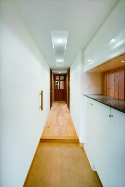 廊下、壁、玄関、壁収納、マンションリノベーション、和久環組、ビートハウス
