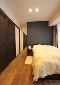 寝室、ベッドスペース、引き戸、WIC、リノステージ