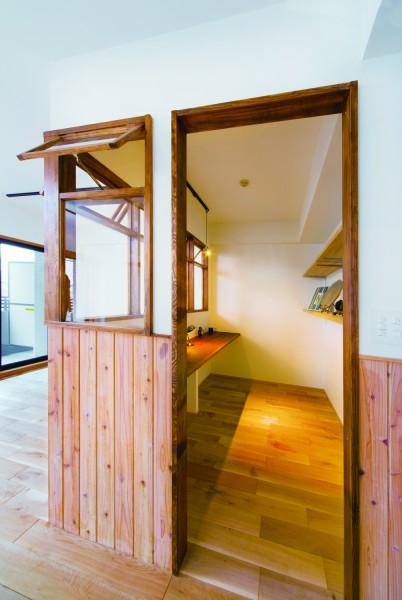 キッチン、対面、飾り棚、書斎、隠れ家、リノベーション、和久環組、Beathouse