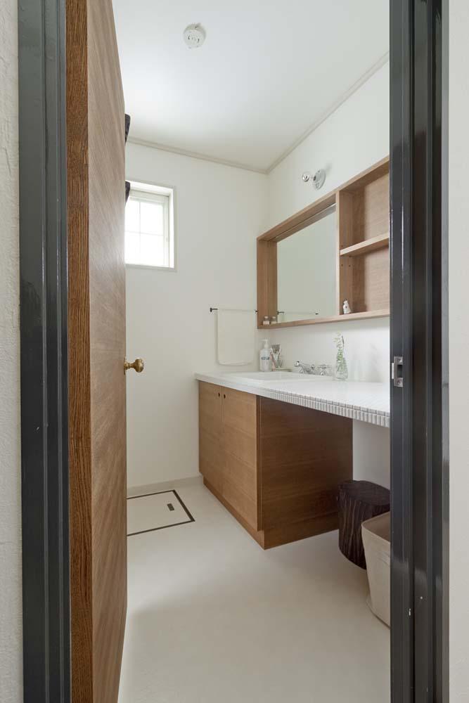 洗面、サニタリー、建具、無垢、造作、デン・プラスエッグ、DENPLUSEGG