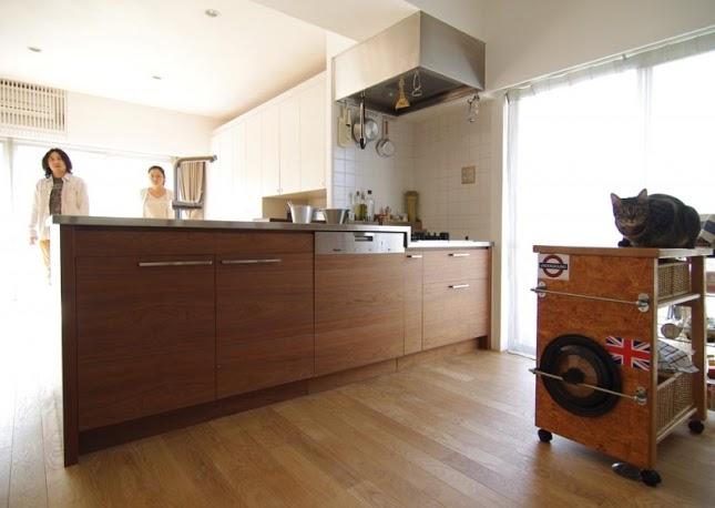 キッチン、フローリング、自然素材、キッチン収納、リノベーション、スタイル イズ スティルリビング