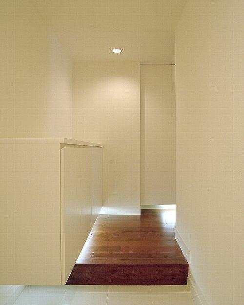 玄関、ホール、吊、収納、靴箱、採光、リノベーション東京