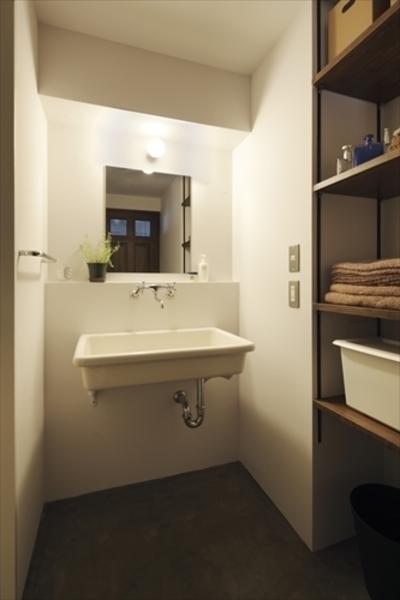 洗面、モルタル、床、飾り棚、ハウズライフ