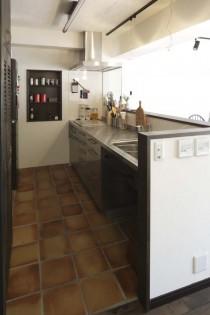 キッチン、対面式、造作収納、ニッチ、棚、横田満康建築研究所