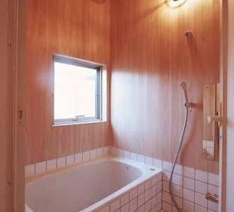 バス、浴室、タイル、自然素材、総合建築職人会