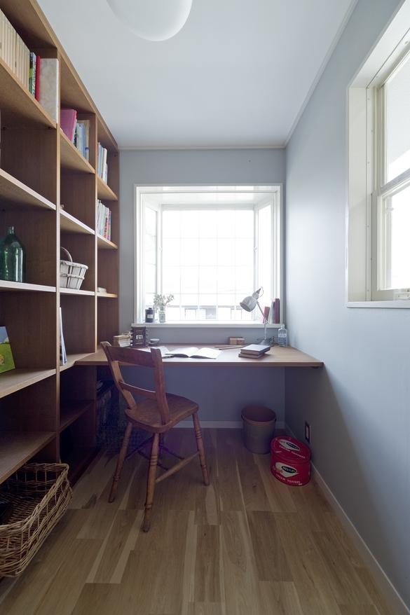 ワークスペース、書斎、壁、本棚、造作、デン・プラスエッグ、DENPLUSEGG