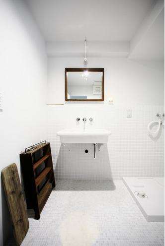 洗面、タイル、壁、脱衣所、洗濯機、マンションリノベーション、ナイン