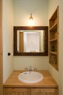 洗面台、サニタリー、パイン材、造作、飾り棚、ニッチ、スタイル工房