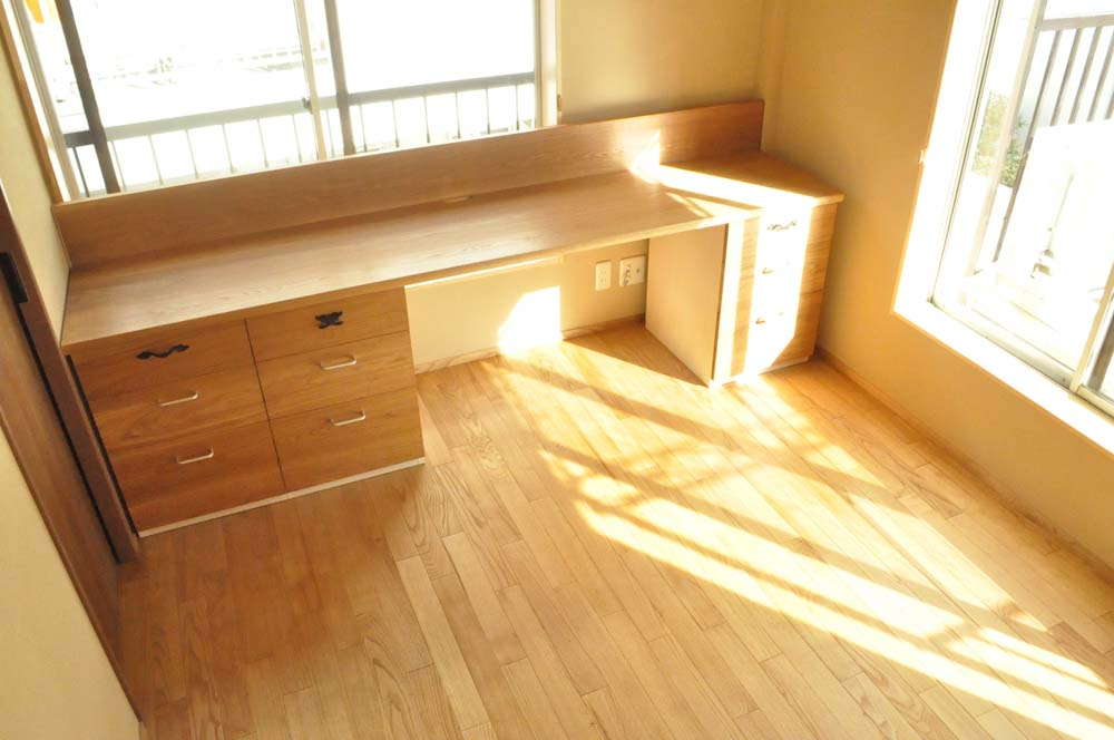 机、ワークスペース、デスク、造作、オリジナル、自然素材、駿河屋