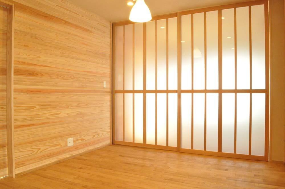 リビング、壁面、収納、引き込み戸、ガラス、駿河屋