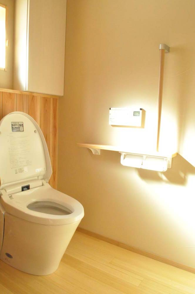 トイレ、床、竹、自然素材、珪藻土、壁、天井、駿河屋