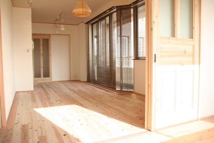 リビング、床暖房、人工乾燥、伊予杉、フローリング、駿河屋、リノベーション