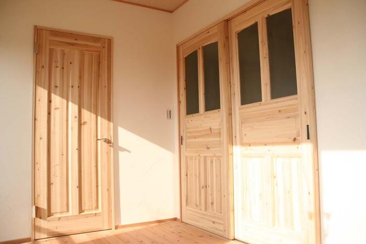 無垢、杉、建具、引き戸、造作、WIC、ドア、駿河屋