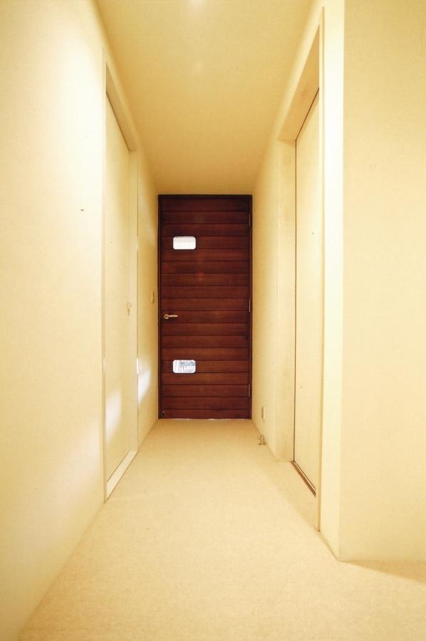 玄関、廊下、建具、ドア、エキップ