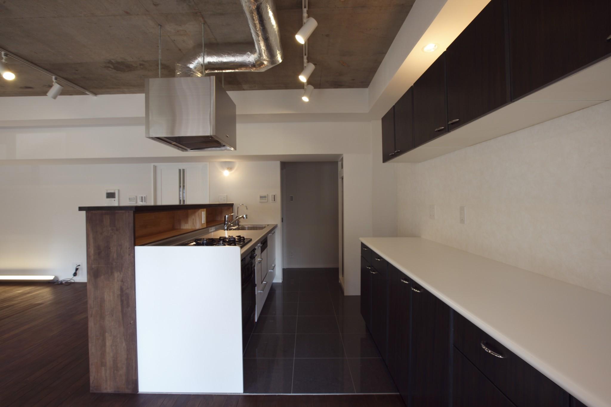 床、タイル、キッチン、収納、壁、リノベーション、リノベーション東京