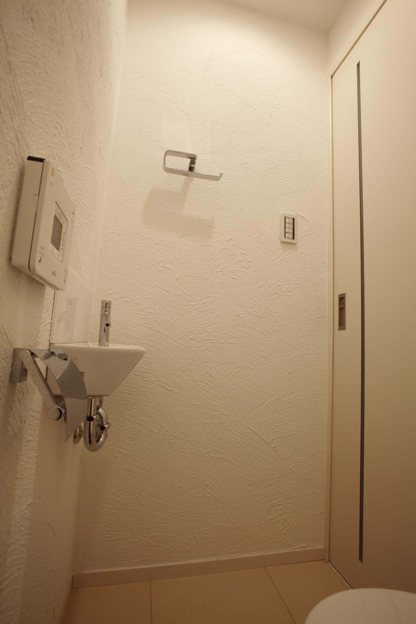 トイレ、大判、タイル、床、リノベーション東京
