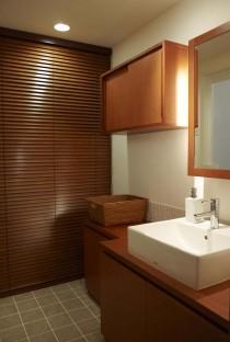 洗面室、サニタリー、収納、間接照明、タイル、床、スタイル工房