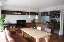 チーク、床、珪藻土、壁、造作、TVボード、ウォールナット、スタイル工房