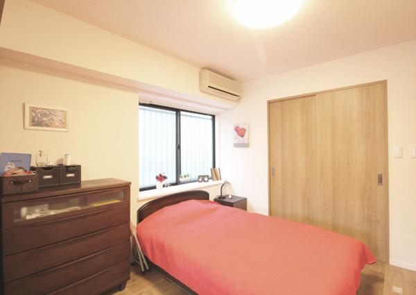 寝室、ベッドルーム、WIC、引き戸、マンション、リノベーション、リフォーム、リノステージ