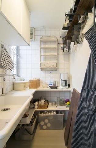 サブキッチン、実験用、シンク、飾り棚、吊戸、エキップ