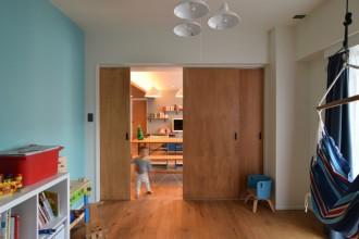 キッズスペース、子供部屋、引き戸、ハンモック、リノベーション、エキップ、equip