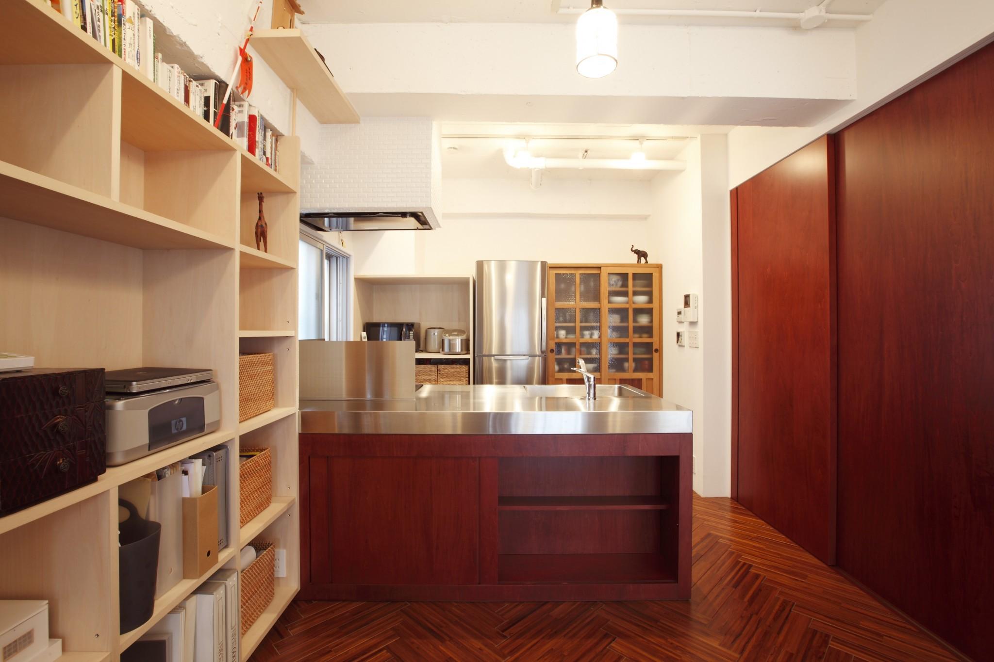 床、無垢、ヘリンボーン、キッチン、ステンレス、天板、リノベーション東京
