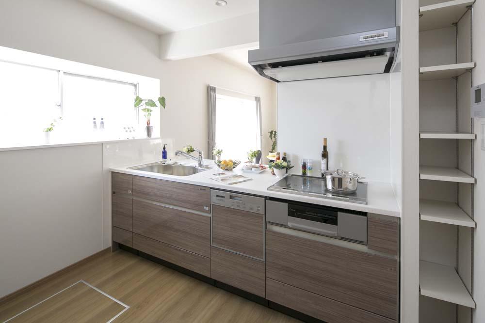 キッチン、セミオープン、対面、戸建、リノベーション、ベツダイ