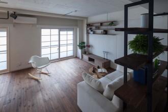 リビング、杉板、無垢、フローリング、自然素材、マンションリノベーション、リブラン