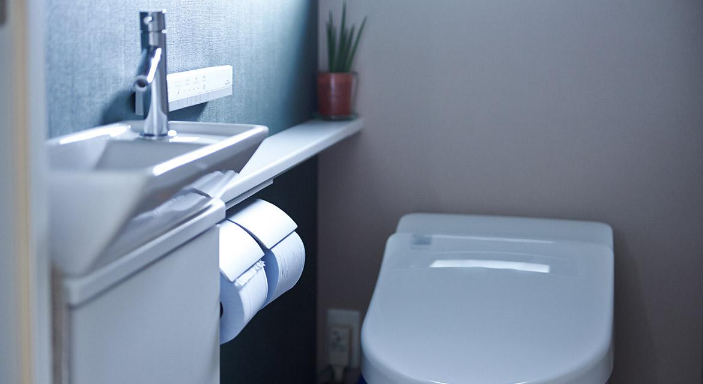 トイレ、手洗い、アクセントクロス、壁、インテリックス