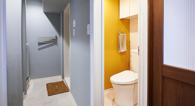 トイレ、イエロー、アクセントクロス、壁、マンション、リノベーション