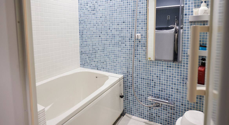 洗面室、浴室、バス、モザイクタイル、壁、リノベーション