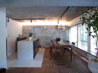 「東京リノベ」のリノベーション事例「ヴィンテージマンションを活かしたモダンで温かみのある暮らし」