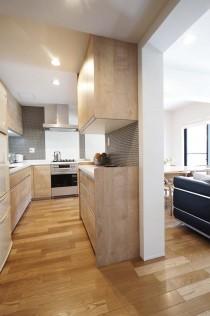 キッチン、オープン、吊戸棚、収納、L字型、タイル壁、低層マンション、三井不動産
