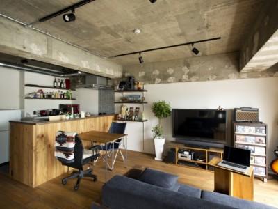 「SHUKEN 株式会社秀建」のリノベーション事例「趣味に囲まれて暮らす家」