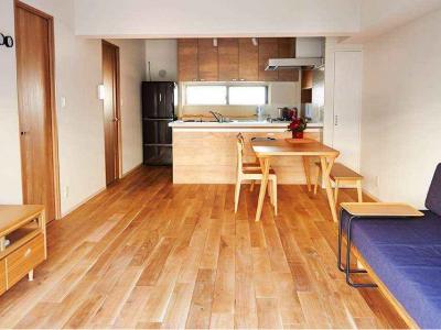 「インテリックス空間設計」のリノベーション事例「無垢材のフローリングにこだわって。 木の温もりにつつまれた優しい住まい」