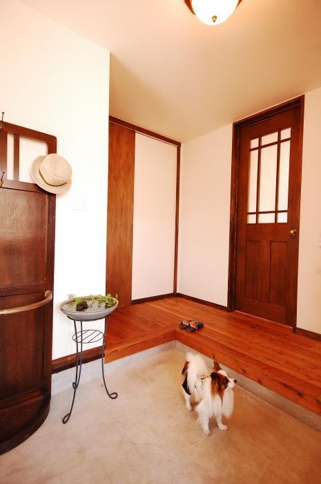 土間、玄関、床、モルタル、戸建リノベーション、ジーフラット