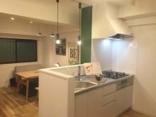 キッチン、対面、ダイニング、Ⅰ型、裸電球、黒板塗装、ideal