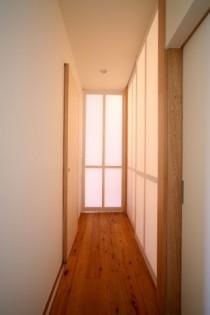 廊下、玄関、障子、建具、採光、戸建リノベーション