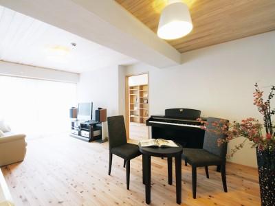 「株式会社水工房」のその他のリノベーション事例「築30年のマンションに漂う森の香り、体に優しい自然素材。」