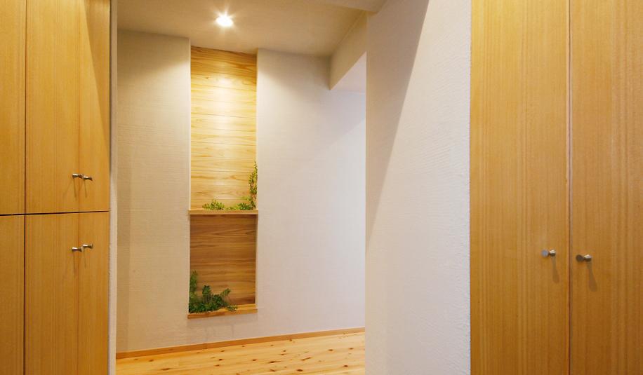 廊下、自然素材、玄関、収納、棚、マンション、リノベーション、水工房