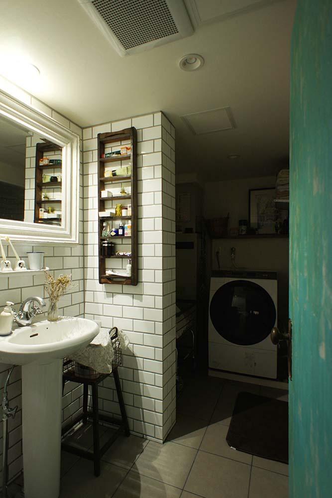 ドア、塗装、ブルックタイル、壁、洗面台、マンション、リノベーション、空間社