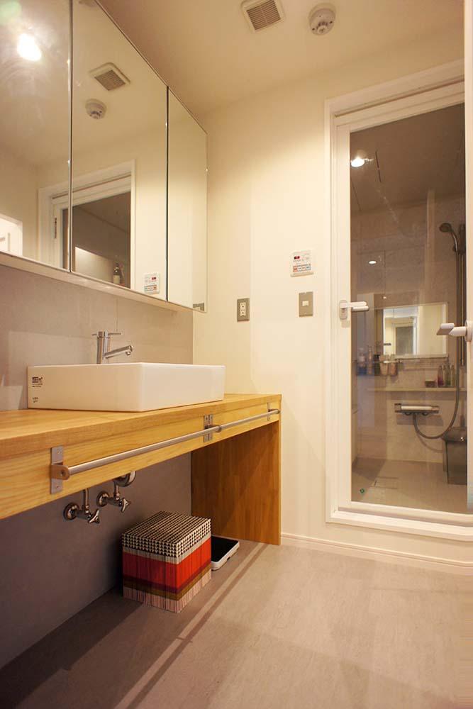 浴室、洗面台、バスルーム、ガラスドア、空間社
