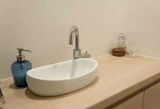 トイレ、柱、収納、キャビネット、手洗い、ボウル、マンションションリノベーション