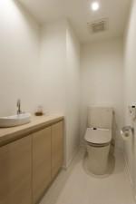 トイレ、手洗い、ボウル、キャビネット、収納、リノベーション、マンション、三井のリフォーム