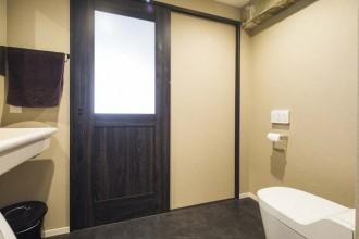 トイレ、洗面、脱衣所、浴室、省スペース、洗濯機、建具、男前、リノベーション