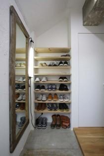 玄関、土間、モルタル床、靴収納、棚、マンション、コンクリート、リノベーション