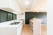 キッチン、カウンター、作業台、造作、オリジナル、マンションリノベ、一歩