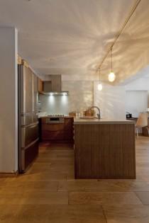 L字、キッチン、対面式、自然素材、木材、収納、グラデン