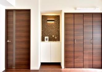 電話台、造作、収納、棚、モザイクタイル、間接照明、リノステージ
